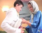 Jordi ENP le regala su polla a una joven árabe amateur